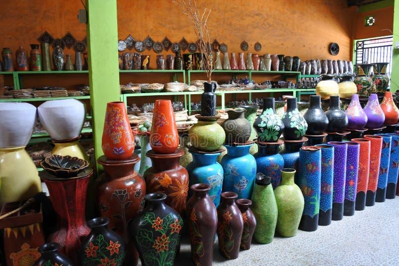 Lombok-Lehmtonwaren von Banyumulek stockbilder