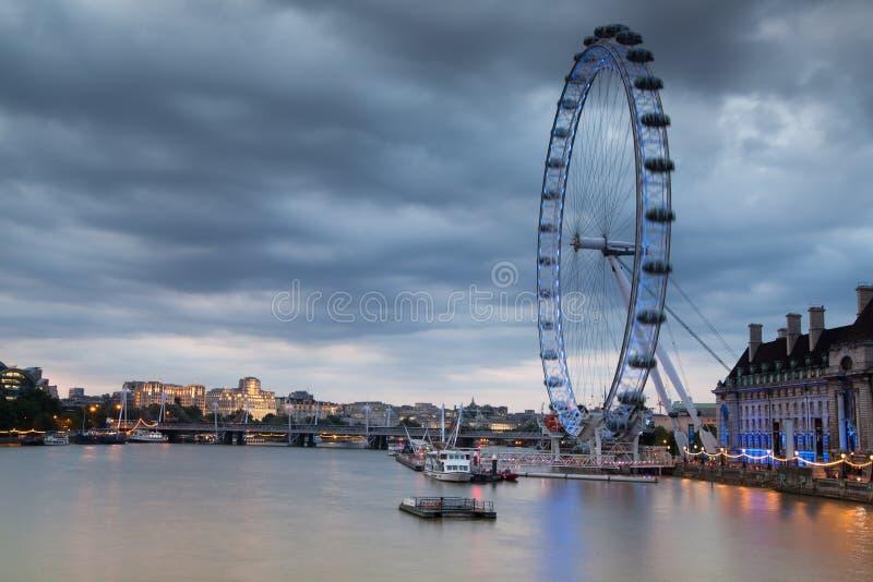 LONDEN, HET UK - 5 APRIL, 2014: Het oog van Londen royalty-vrije stock afbeelding