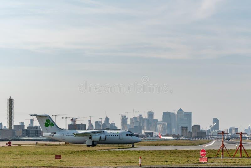Londen, het UK - 17, Februari 2019: CityJet een Ierse regionale luchtvaartlijn baseerde in Dublin, Britse Ruimtevaartvliegtuigen  royalty-vrije stock foto's