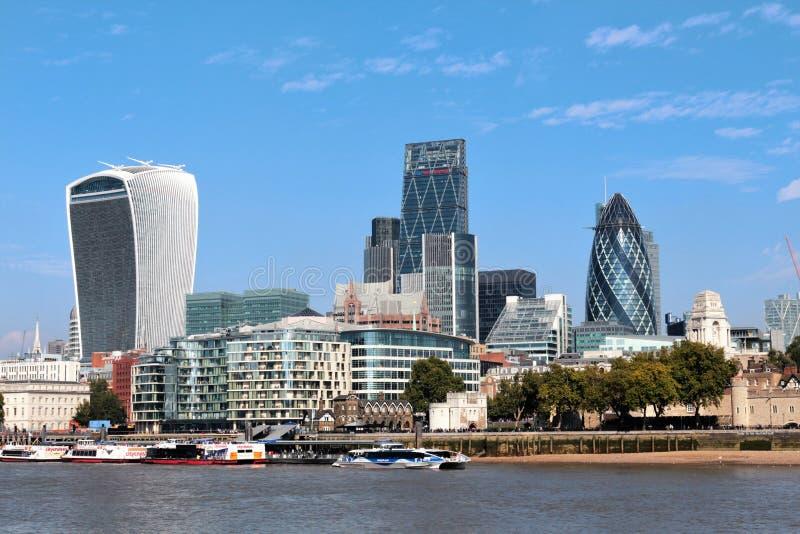 Londen het UK - financieel districtslandschap royalty-vrije stock foto's
