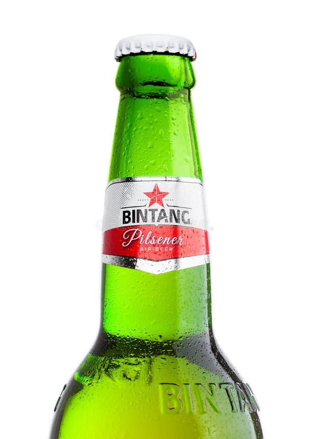 LONDEN, HET UK - 24 SEPTEMBER, 2017: Fles Indonesisch die het Lagerbierbier van Bintang op wit wordt geïsoleerd stock afbeeldingen