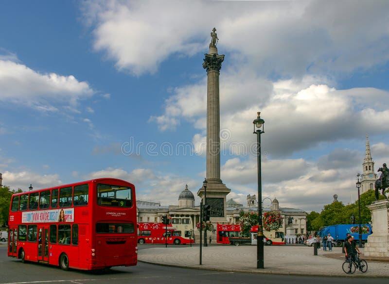 Londen, het Verenigd Koninkrijk - Sept. 16, 2011: Trafalgar Square stock fotografie
