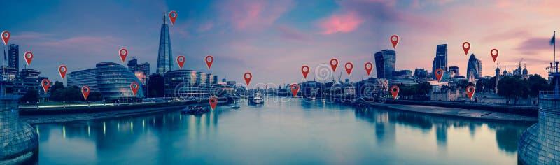 Londen met vlakke kaartspelden, netwerk en verbindingenconcept royalty-vrije stock fotografie