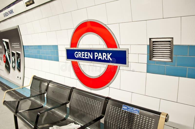 Londen ondergronds bij de GROENE post van het PARK stock foto's