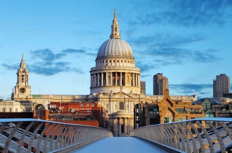 Londen St. Paul Cathedral, het UK stock afbeelding