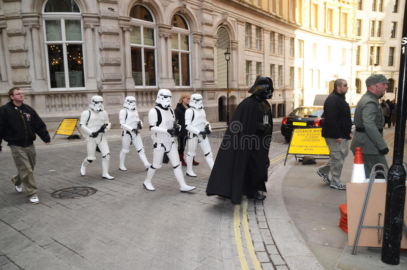 Download Darth Vader And Stormtroopers Out And About In Londons Trafalgar Editorial Stock Image - Image: 30113099