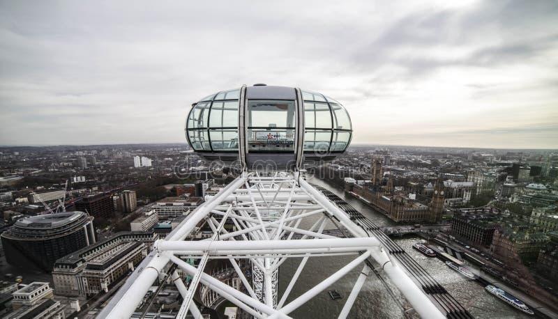 London ögongondol - London horisont arkivfoto