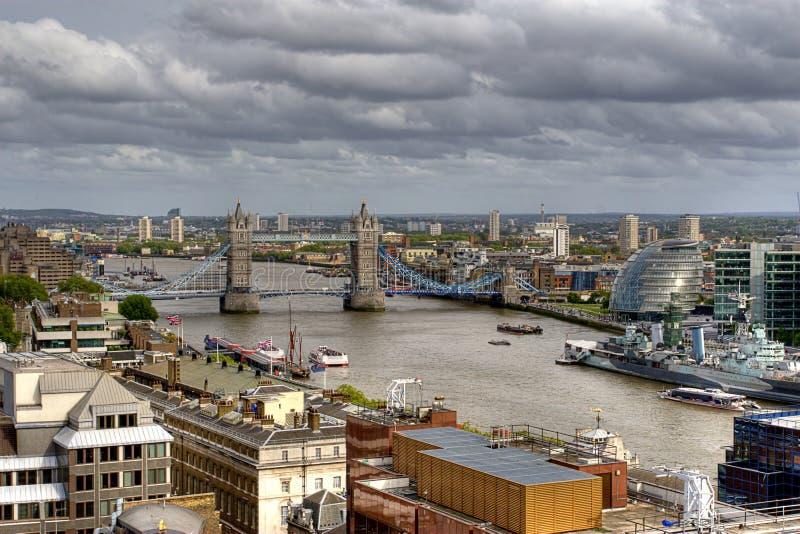 london överblickflod thames royaltyfria foton