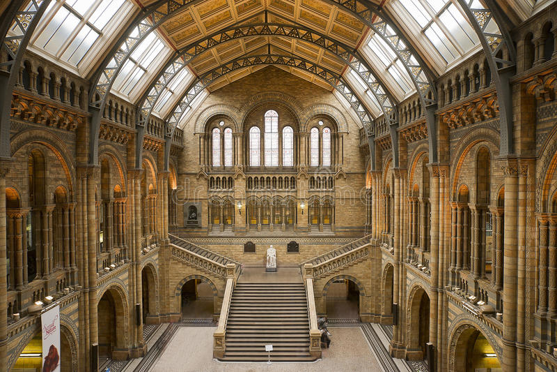 LONDON 17. September: Naturgeschichte-Museum lizenzfreie stockfotografie