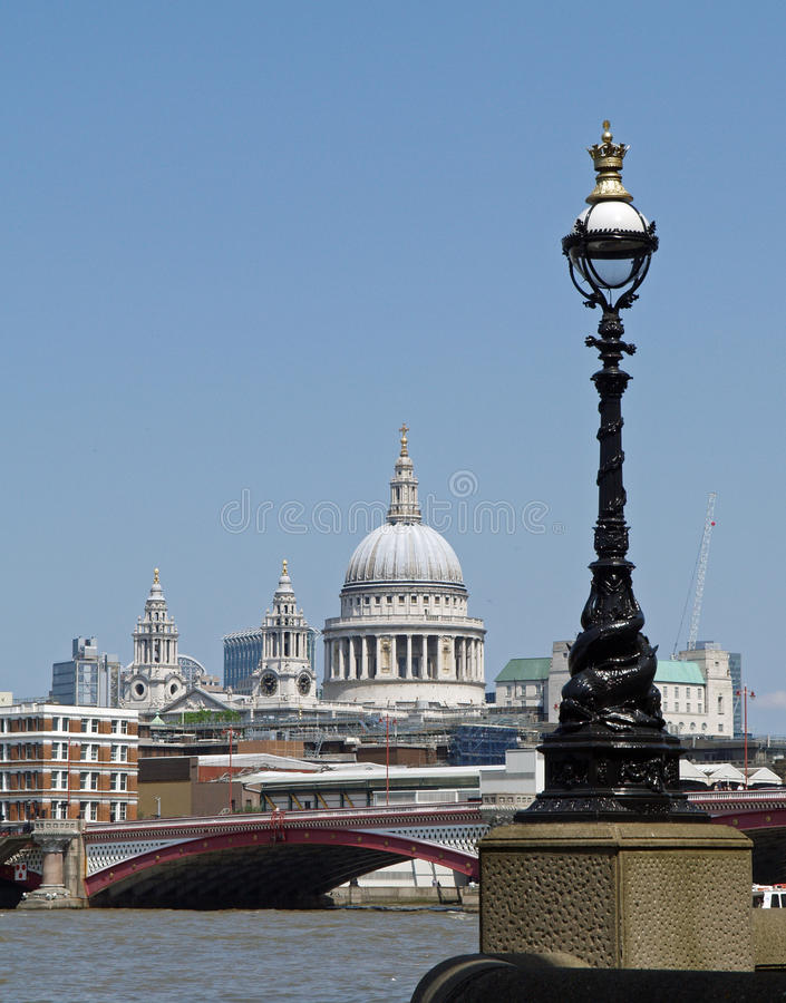 Download London stock image. Image of blue, blackfriars, architecture - 9500303
