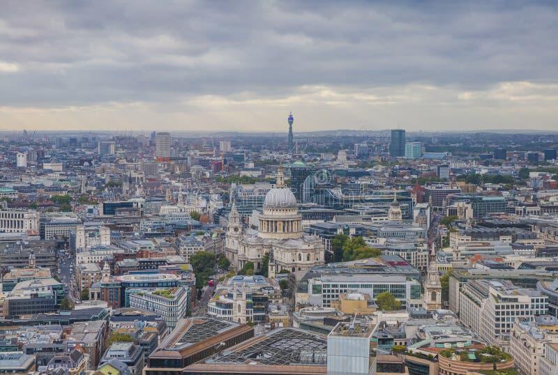 London Aerial View, City Center - View on St Paul's Cathedral lizenzfreies stockbild