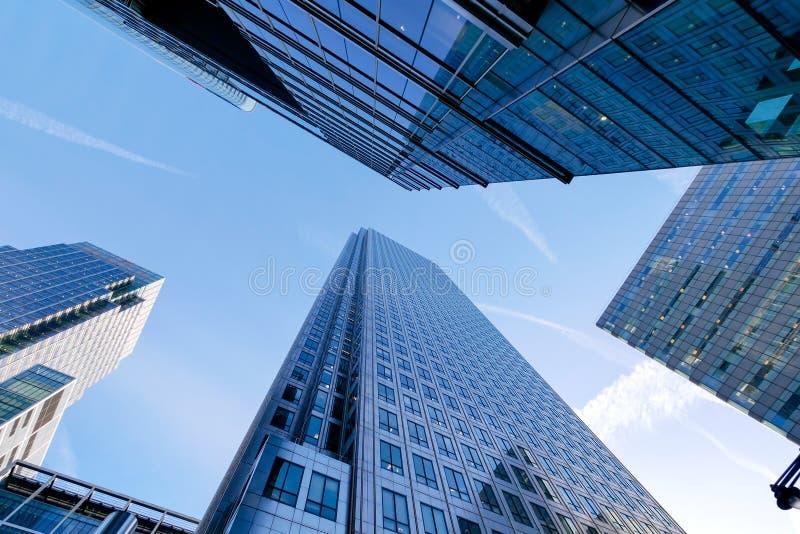 London-Bürogebäudewolkenkratzer, -funktion u. -sitzung lizenzfreies stockbild