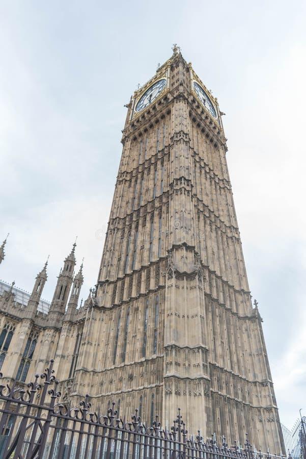 London - Big- Benkontrollturm-Borduhr lizenzfreie stockfotografie