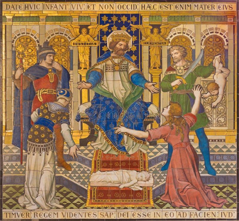 London - den belade med tegel mosaiken av Salomon Judgment Just Judgment i den Westminster domkyrkan arkivbilder