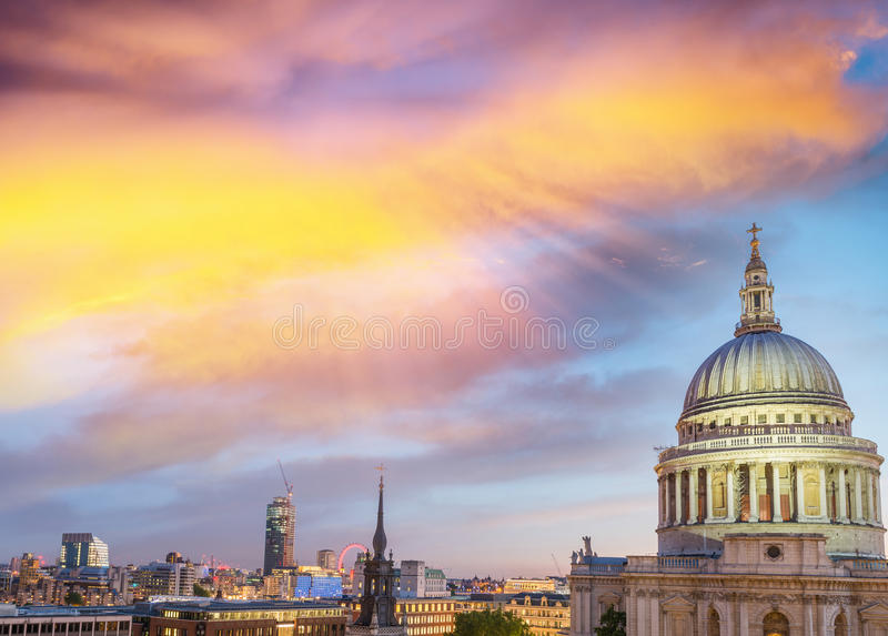 London at dusk. Magnificence of St Paul Cathedral.  royalty free stock image