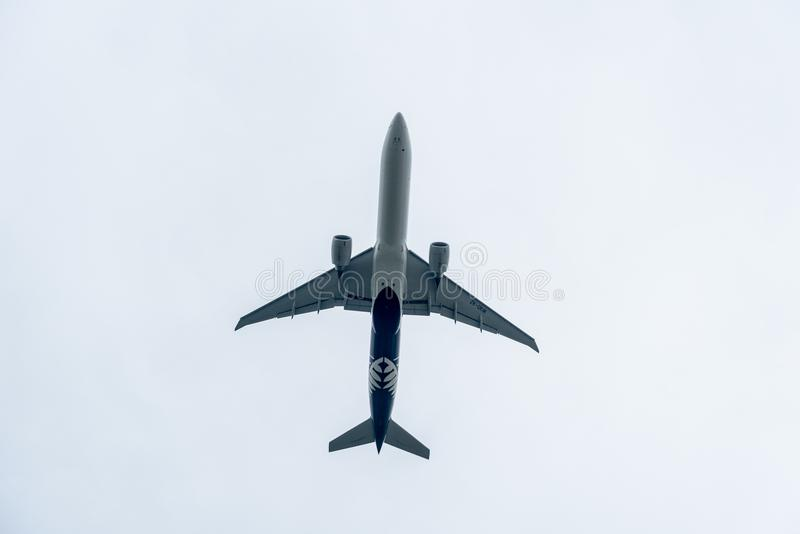 LONDON, ENGLAND - 25. SEPTEMBER 2017: Air New Zealand-Fluglinien Boeing 777 ZK-OKM, die in International Airpor Londons Heathrow  stockfotos