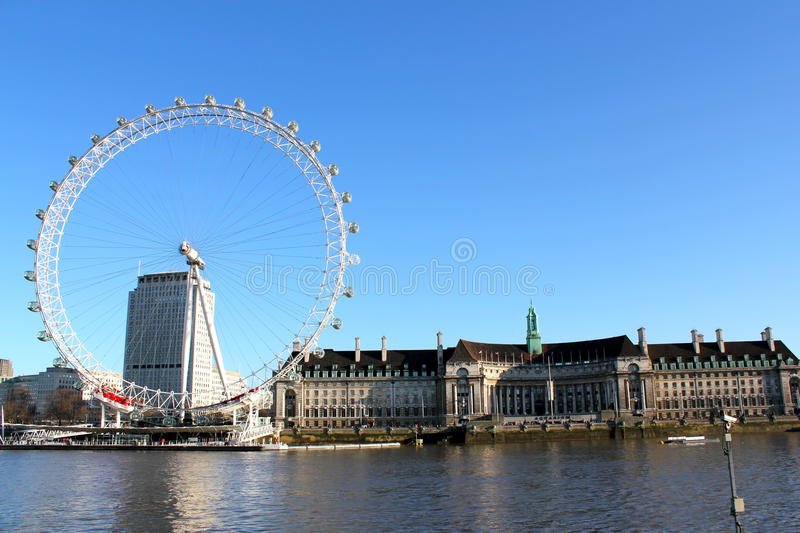 Download London Eye Blue Sky editorial stock photo. Image of blue - 20553063