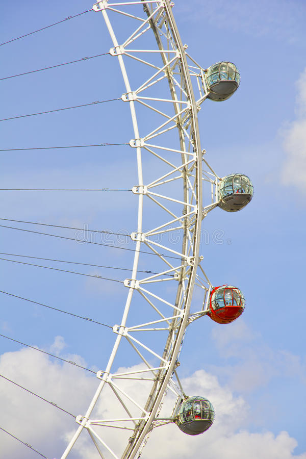 Download The London Eye in London editorial stock image. Image of metal - 24325954