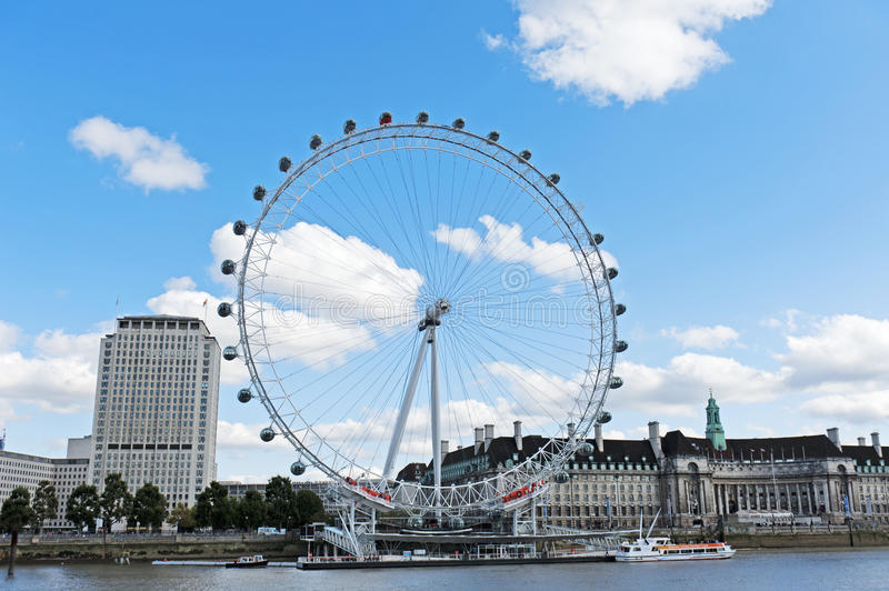 Download The London Eye And The Thames River Editorial Stock Image - Image: 21585314