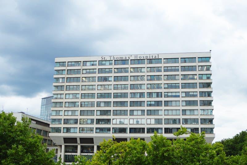 London Förenade kungariket - Augusti 20, 2017: St Thomas `-sjukhus I arkivfoto