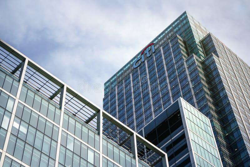London Förenade kungariket - Februari 03, 2019: Solsken på Citi EMEA-högkvarter på Canary Wharf Citibank Citigroup Inc ?r arkivfoto
