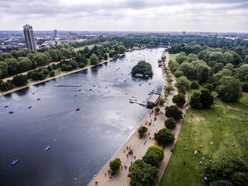 London großer Hyde Park in der kühlenden Antenne 2 der Stadt stockfoto