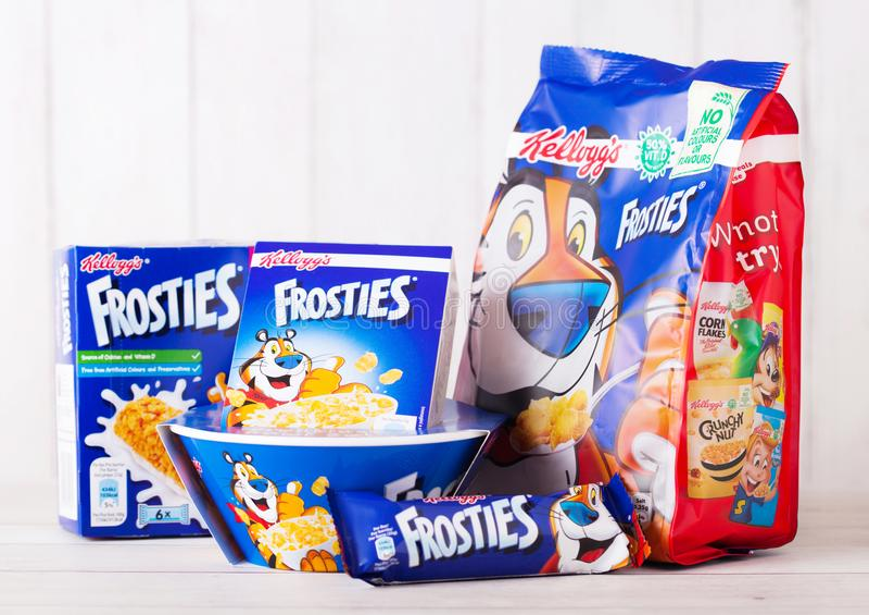 LONDON, GROSSBRITANNIEN - 1. JUNI 2018: Verpacken Sie und Kasten Kellogg-` s Frosties Frühstückskost aus Getreide mit Milch und p lizenzfreie stockfotos