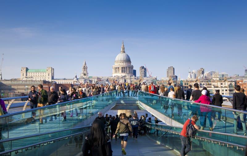 LONDON, GROSSBRITANNIEN - 29. MÄRZ 2014   St Paul Kathedrale lizenzfreies stockfoto