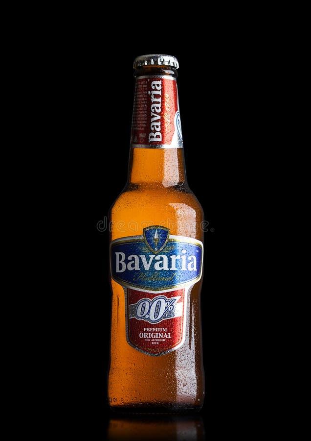LONDON, GROSSBRITANNIEN - 29. MAI 2017: Flasche alkoholisches Bier Bayern-Hollands nicht auf Schwarzem Bayern ist die zweitgrösst lizenzfreies stockbild
