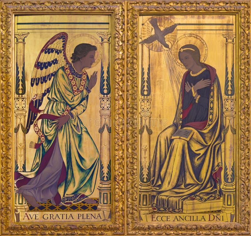 LONDON, GROSSBRITANNIEN - 14. SEPTEMBER 2017: Die Ankündigungsmalerei auf dem Holz auf dem Altar in Kirche St- Clement` s stockbilder