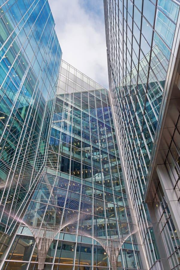 LONDON, GROSSBRITANNIEN - 19. SEPTEMBER 2017: Die moderne Fassade von Canary Wharf stockfoto