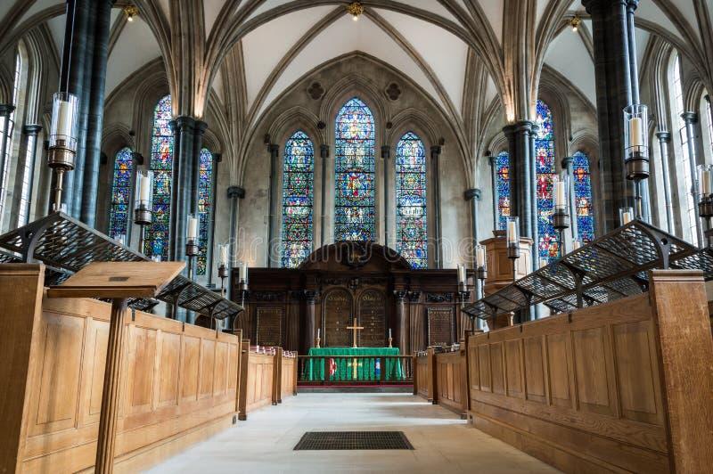 London - Juli 7th 2014: Inre av tempelkyrkan med inga personer arkivfoton