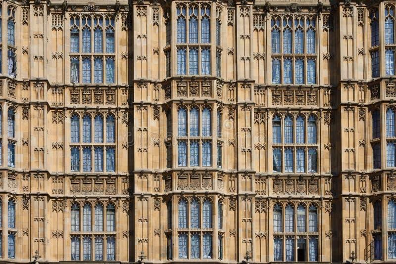 LONDON - Juni 27, 2018: Fragment av London Parli arkivfoton