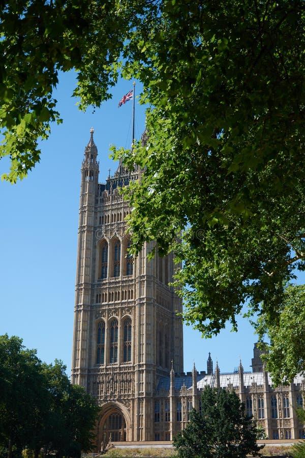 LONDON - Juni 27, 2018: Torn av London Parliame arkivfoto