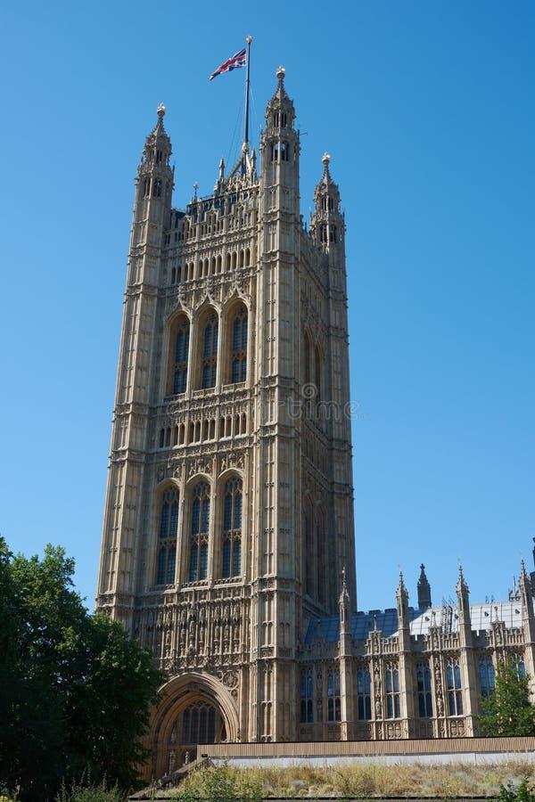 LONDON - Juni 27, 2018: Torn av London Parliame arkivfoton