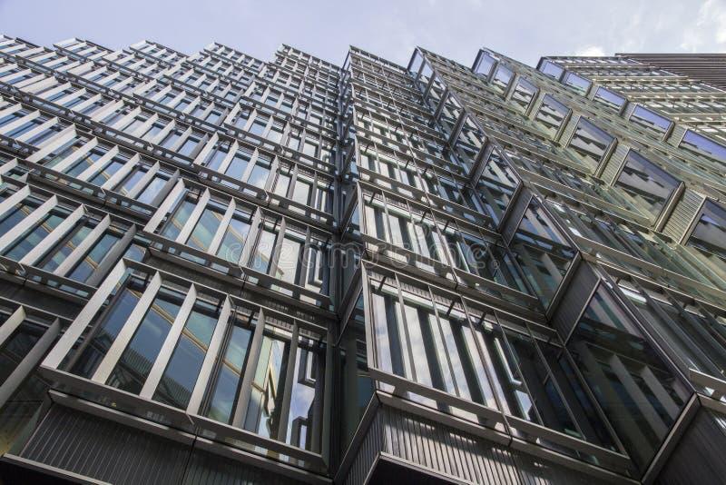 London lägenhet nära tornbron London England, UK, September 1, 2018 arkivbild