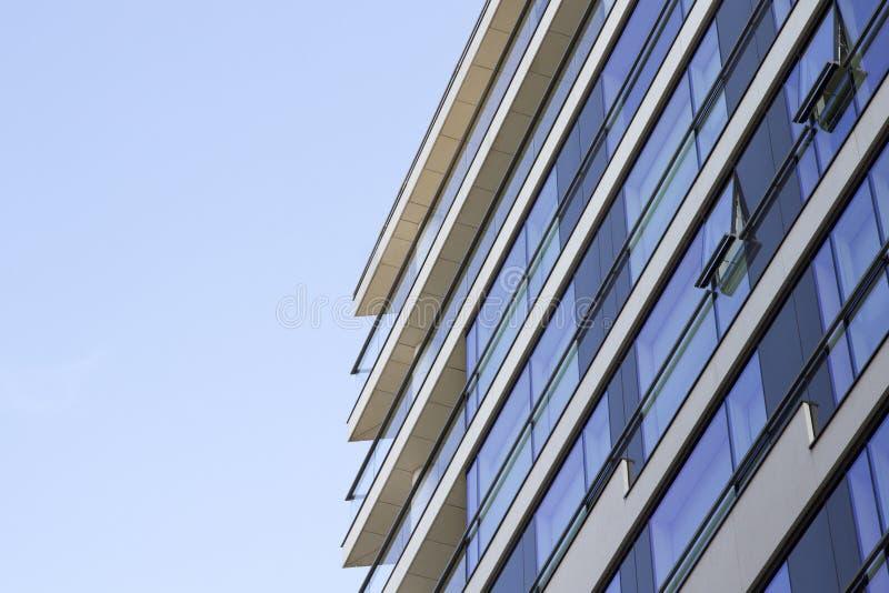 London lägenhet och kontorsbyggnader London England, UK, September 1, 2018 royaltyfri bild
