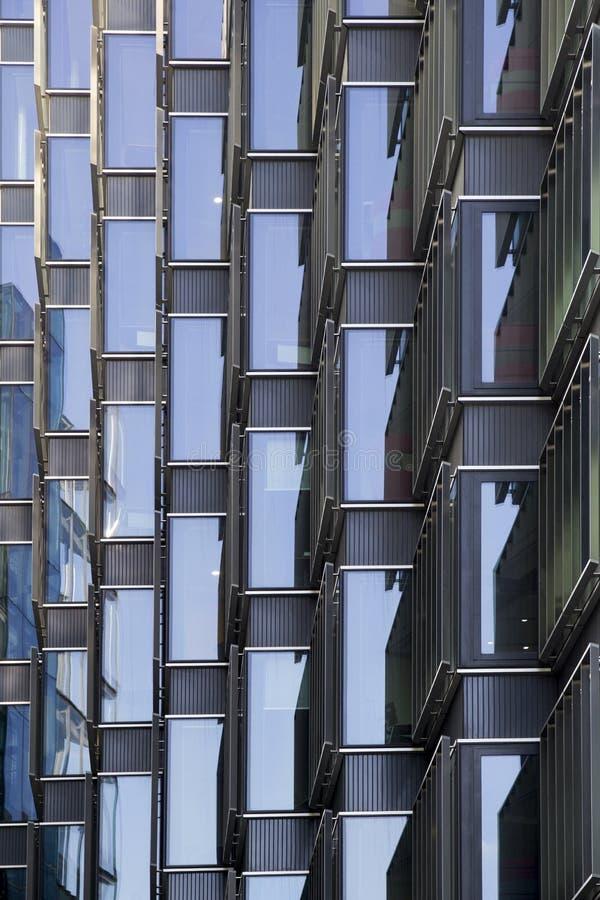 London lägenhet och kontorsbyggnader London England, UK, September 1, 2018 royaltyfri fotografi