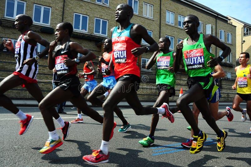 London-Marathon 2011, Emmanuel Mutai stockbild