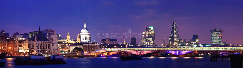 London natt arkivbilder