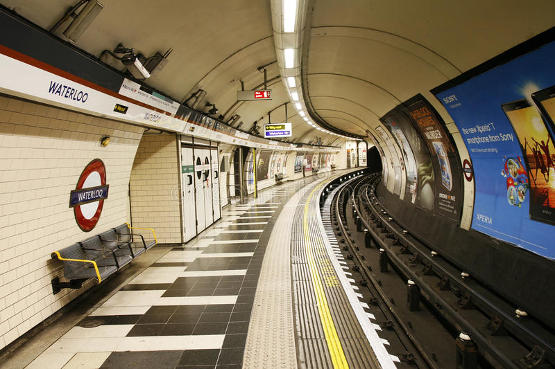 Download Inside View Of London Underground Editorial Stock Photo - Image: 29837278