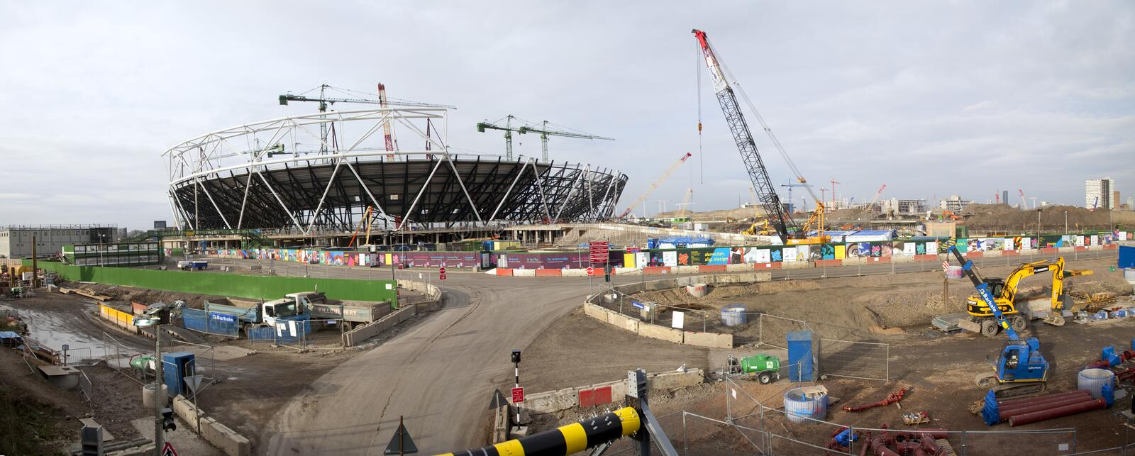 Download London Olympic Construction Site Panoramic Editorial Image - Image: 21010250