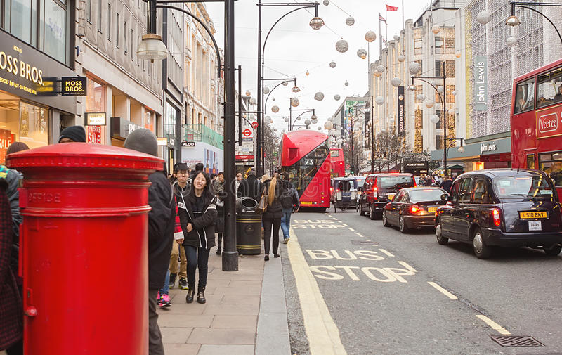 London, Oxford street in the Boxing day 2015 royalty free stock images