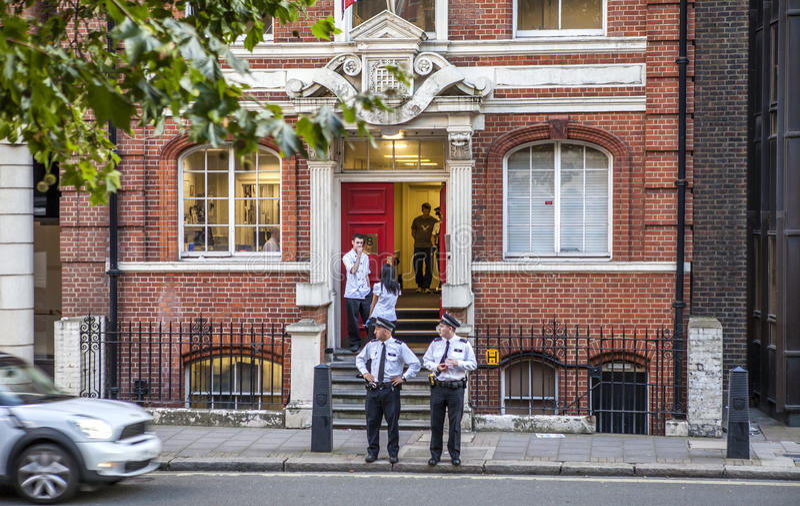 London polisstation royaltyfri bild