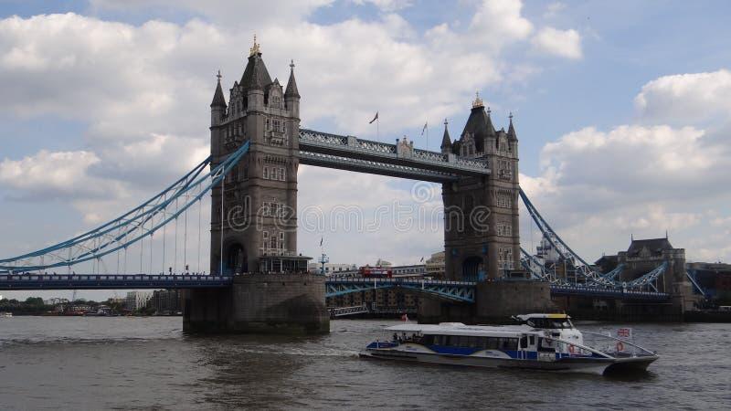 London& x27; puente de la torre de s imagen de archivo libre de regalías