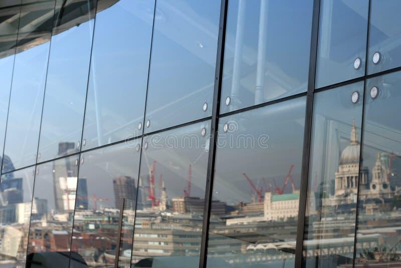 London-Reflexion lizenzfreies stockbild