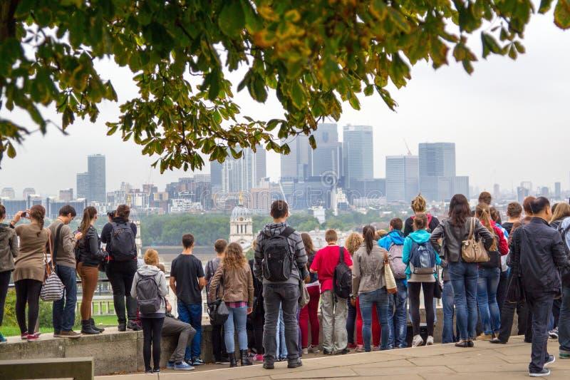 London sikt från Greenwich till Millwall arkivfoton