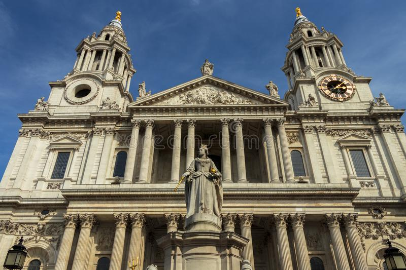 London St Paul Cathedral stock images