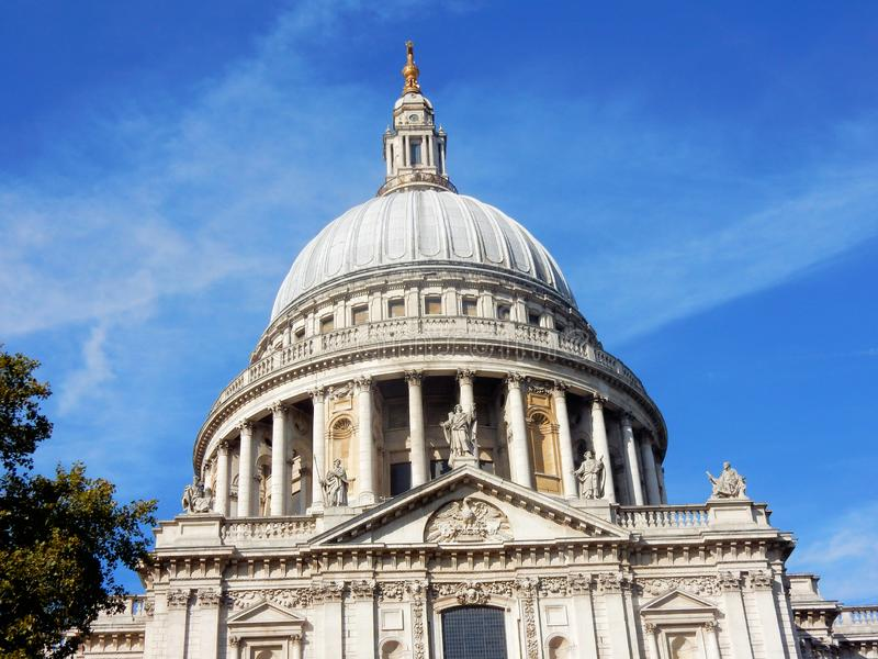 London, St Paul`s Cathedral world-famous dome stock photography