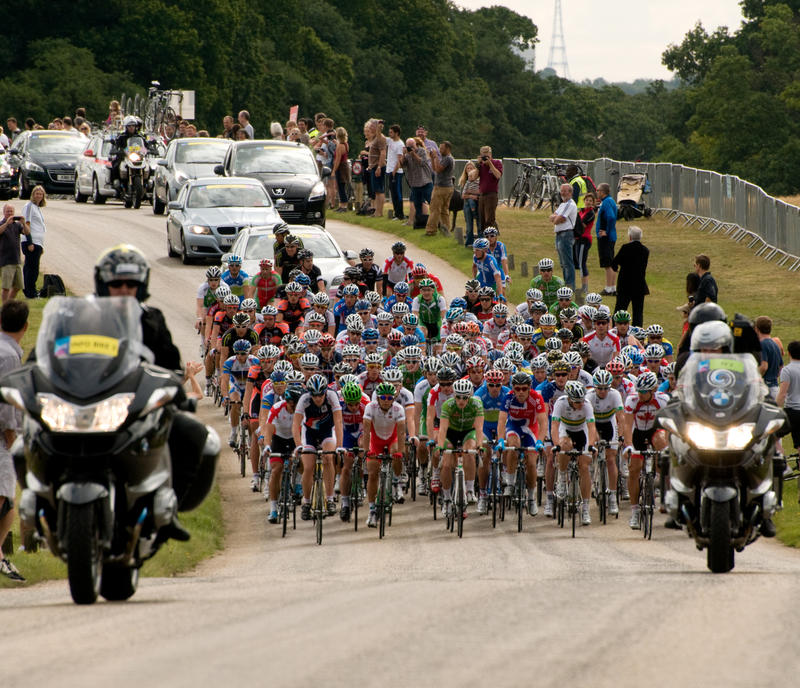 Download London Surrey Classic Cycle Race Editorial Stock Image - Image: 20727544